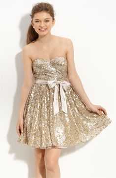 @Alyssa Quattrone, much better price than the other Gold sequin, it also comes in silver.  What do you think?