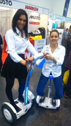 """""""girls just wanna have fun..."""" they really do... with Airwheel... :-) :-D"""
