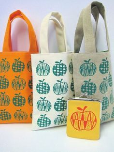 Day 132 - 50s apple screen print design on some bags | Jane Foster