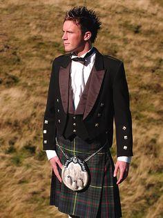 Elegant look in a kilt