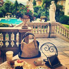 #doca #italia Travel Around The World, Around The Worlds, Bag Accessories, Bags, Shopping, Fashion, Italia, Handbags, Moda