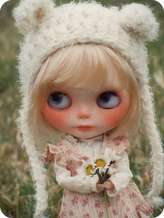 Frieda has found the first daisies, maybe these are the first signs of spring? by Herzlichkeiten, via Flickr