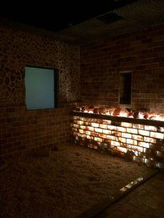 Century Spa: Himalayan salt sauna   http://onemorebiteblog.blogspot.com/2014/03/korean-spas-for-body-and-soul.html?m=1