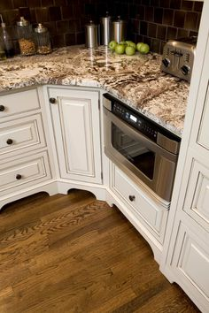 Remodel your kitchen and bath into a beautiful and functional space with the top experts in Cincinnati, OH. Studio Kitchen, Kitchen Design, Bath Remodel, Kitchen Remodel, Kitchen And Bath, Cincinnati, Kitchen Cabinets, Home Decor, Kitchen Maid Cabinets