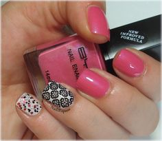 Pink and black skittlette manicure