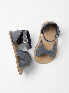 Chambray cross strap sandals Product Image
