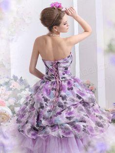 <3 Perfect purple wedding dress!