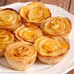 Para hacer estas mini tartaletas he utilizado una receta tradicional de tarta de manzana pero he hecho dos variaciones. Una de ellas ha sido el tamaño, para hacerlas he utilizado un molde para cupcake
