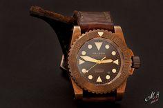 Helson Shark Diver Bronze
