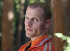 Dealing with negativity online can be tough, which was why we were all ears when Tim Ferriss, author of The Four Hour Work Week, took the stage at The Next Web event in Amst. Business Ideas Uk, Business Advice, Home Based Business, Timothy Ferriss, Tim Ferriss, Routine Quotes, 4 Hour Work Week, Productivity Quotes, New Year New Me