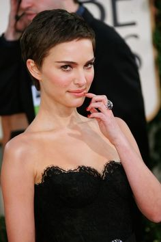very short hairstyles for women, natalie portman haircut | Favimages.net