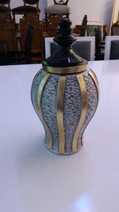 Jarrón Black • Gold • White. De cerámica. Veni a ver nuestro sector de REGALOS!  Av. Santa Rosa 2173, Castelar, Buenos Aires. Contacto: 2077-3494 WhatsApp: 1130715691