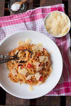 12 Minuten One Pot Pasta Grundrezept Kochkarussell Tomato Pasta Sauce, One Pot Pasta, Pasta Recipes, Risotto, Macaroni And Cheese, Food And Drink, Tasty, Vegan, Dinner