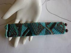 Glasperlenarmbänder - gesticktes Perlenarmband Mint mit Schokolade - ein Designerstück von sibea bei DaWanda