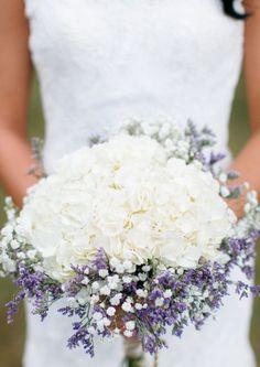 Wedding bouquet idea; Featured Photographer: Stephanie A Smith Photography
