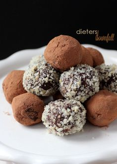 Chocolate Raspberry truffles rolled in cocoa or chopped nuts are sure to please your sweet tooth. from #ditersdownfall.com