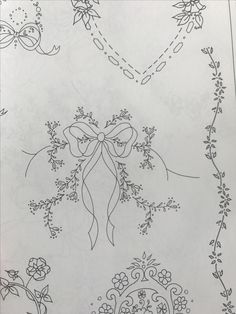 Hand Embroidery Videos, Baby Embroidery, Embroidery Flowers Pattern, Silk Ribbon Embroidery, Hand Embroidery Designs, Vintage Embroidery, Flower Patterns, Bordados E Cia, Wreath Drawing