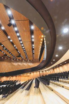 archiweb.cz - Kulturní centrum Montforthaus