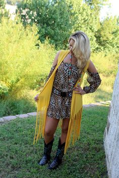 Peek-a-Boo Shoulder -Wear Us Out Boutique Conroe/Montgomery, Texas