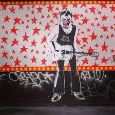Is it only rock'n roll? Mimi The Clown #streetart
