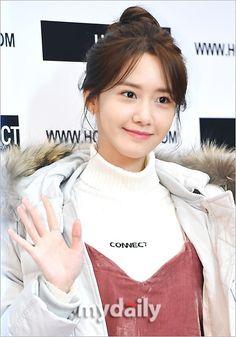 少女時代 ユナが2日午後、ソウル江南で行われたファッションブランド「H:CONNECT」のファンサイン会に出席した。 - 韓流・韓国芸能ニュースはKstyle