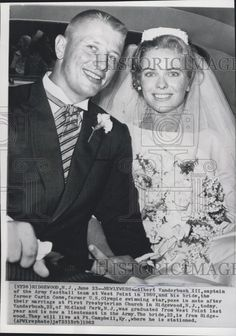 1962 Press Photo Albert Vanderbush III And Bride Carin Cone, Olympic Swim Star - Historic Images