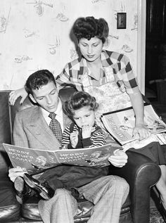 Frank & Nancy Sinatra read with their daughter Nancy - undated web photo -MReno
