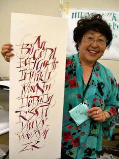 Took a class with Carrie at the Westcoast Calligraphy Society three years ago.