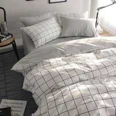 VClife Queen/Full Duvet Cover Set Cotton Bedding Set Collection with 2 Pillow Shams Grey White Checkered Style. VClife, warm your hearts for all seasons. ღ Size: 3 PCS full/queen bedding sets include 1 duvet Cover and 2 pillowcases White Duvet Cover Queen, Full Duvet Cover, White Duvet Covers, Duvet Cover Sets, Duvet Insert, Quilt Cover, Twin Bed Covers, Double Bed Covers, Bed Duvet Covers