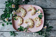 Almonds horns with coconut sugar