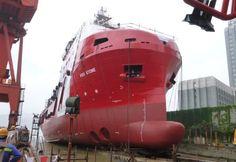Vorige week werd het DP2 subsea-support schip VOS STONE   te water gelaten van Vroon   http://koopvaardij.blogspot.nl/2016/06/stapelloop_23.html