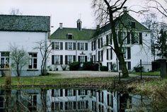 Kasteel Halsaf, ook wel Huize Babberich genoemd, aan de Beekseweg in Babberich (gemeente Zevenaar).