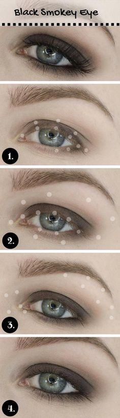 Black Smokey Eye for Blue Eyes