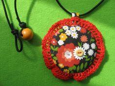Kukkaketo kaulassa kirmailemaan Crochet Earrings, Retro, Vintage, Jewelry, Fashion, Moda, Jewlery, Jewerly, Fashion Styles