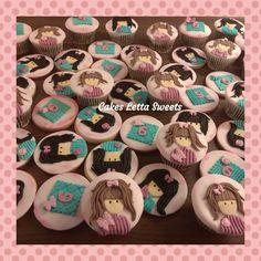 santoro cookies Cupcakes, Sugar, Cookies, Desserts, Crack Crackers, Tailgate Desserts, Cupcake, Biscuits, Cup Cakes