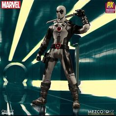 Mezco Toyz One: 12 Collective Marvel Universe Deadpool X-Force Version