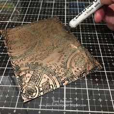Weird Science is a really cool steam punk anatomy set of stamps. Although part of the 2019 Halloween stamp release by Tim Holtz and Stampe. Distress Ink Techniques, Embossing Techniques, Tim Holtz Dies, Art Journal Tutorial, Stampers Anonymous, Anna Griffin Cards, Weird Science, Metallic Paper, Embossed Cards