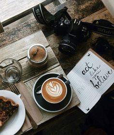 The Rancilio Silvia Espresso Machine Makes Coffee Time At Home Wonderful Coffee Cozy, I Love Coffee, Coffee Break, Coffee Time, Morning Coffee, Barista, Chocolates, Art Cafe, Coffee Shop Aesthetic