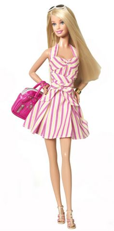 Posted on February 2009 - New Barbie dolls have been revealed to celebrate the Barbies Anniversary. They include the 2009 Quintessential Barbie doll. She wears a cute pink & white striped dress & carries a pink handbag Barbie 2013, New Barbie Dolls, Barbie And Ken, Barbie Clothes, Girl Dolls, Barbie Style, Barbie Dream, Ny Fashion Week, Fashion Show