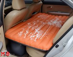 M2B094 matelas de voiture orange motifs