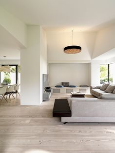 Image 7 of 13 from gallery of Tägern / Urben Seyboth AG. Photograph by Bruno Helbling Fotografie Open Plan Kitchen Living Room, Living Room Modern, Home Living Room, Living Room Decor, Living Spaces, Interior Design Tips, Interior Design Living Room, Interior Styling, Interior Inspiration