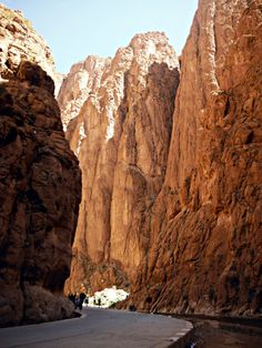 Dades Gorges - one of the most fabulous places in the High Atlas mountains  www.moroccanviews.com