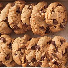 Flourless Peanut Butter-Chocolate Chip Cookies