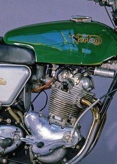 Norton Commando Fastback 750cc