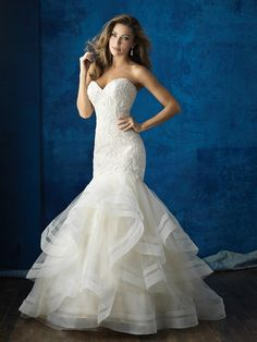 Wedding Dress Photos - Find the perfect wedding dress pictures and wedding gown photos at WeddingWire. Browse through thousands of photos of wedding dresses. Perfect Wedding Dress, Bridal Wedding Dresses, Wedding Dress Styles, Dream Wedding Dresses, Bridal Lace, Bridal Style, Princess Wedding Dresses, Lace Wedding, Trendy Wedding