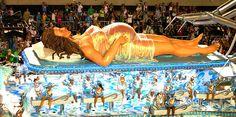 Escola de Samba Portela na Avenida Marquês de Sapucaí Sambódromo segunda-feira Desfile das Escolas do Grupo Especial Carnaval 2010 no Rio de Janeiro Brazil Detalhe do carro que simula um parto no mundo cibernético by madelgm, via Flickr