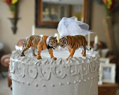 Tiger-bride-groom-wedding-cake topper-Mr and Mrs-zoo wedding-tiger lover-cat-jungle-animal-woodland-circus-tiger wedding-zoo wedding-cat-