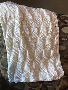 Ravelry: Grandma Birdie's Baby Blankie pattern by Marian Hooks ✉️ Reversible blanket pattern is Free Baby Blanket Patterns, Afghan Patterns, Baby Knitting Patterns, Baby Patterns, Kids Knitting, Crochet Patterns, Knitting Stitches, Stitch Patterns, Knitted Afghans