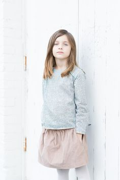 Babiekins Magazine//French Simplicity by Sabrina Bot Kid Closet, Mixing Prints, Photo Sessions, What To Wear, Kids Fashion, Casual Outfits, Ruffle Blouse, Magazine, French