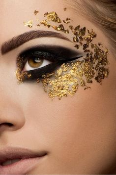 attractive gold and black eyes makeup (12) - Womenitems.Com